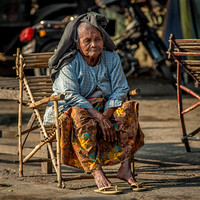 Morning Stroll Along Myo Patt Road: Granny